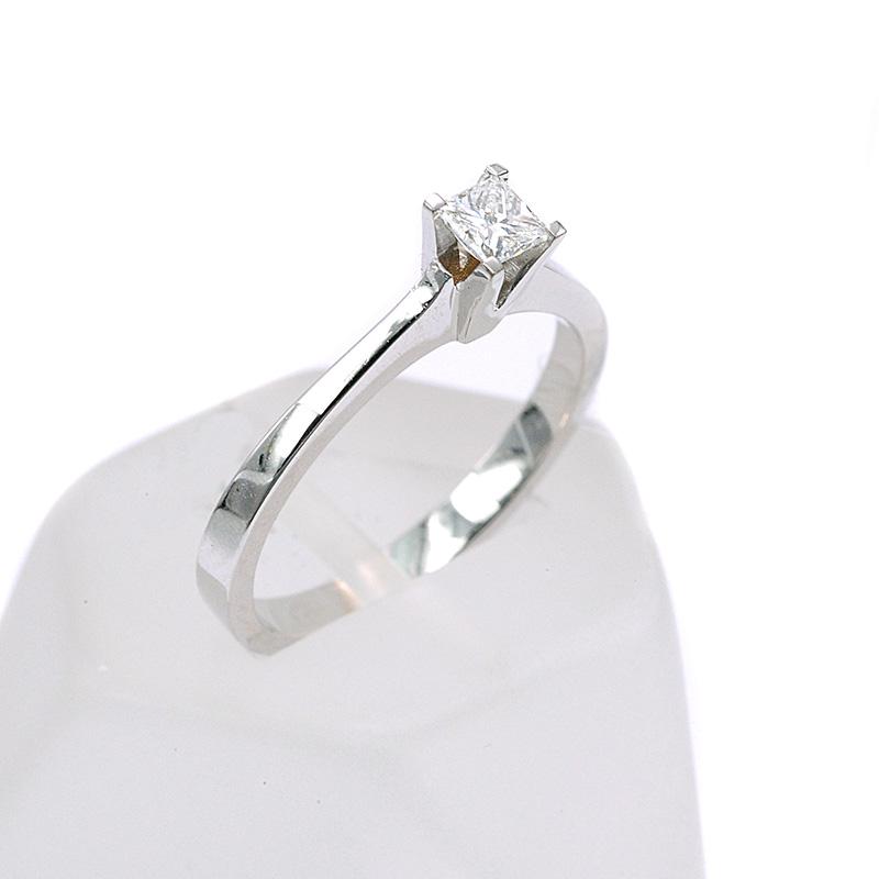 monopetro-daxtylidi-xriso-k18-diamanti-7893