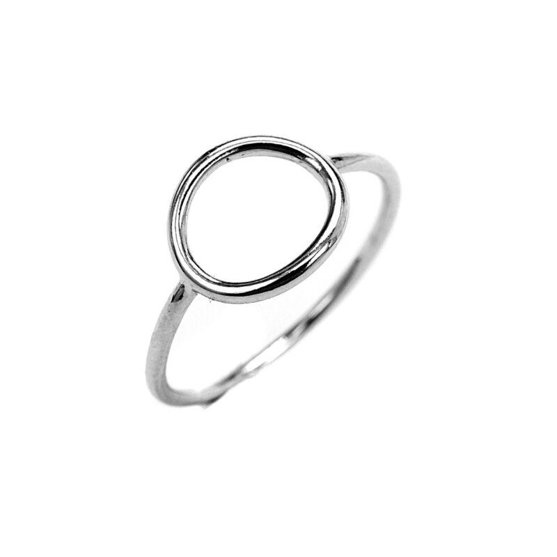 Μίνιμαλ δαχτυλίδι κύκλος